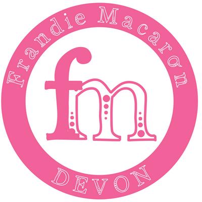 Pink_Logo_400x400