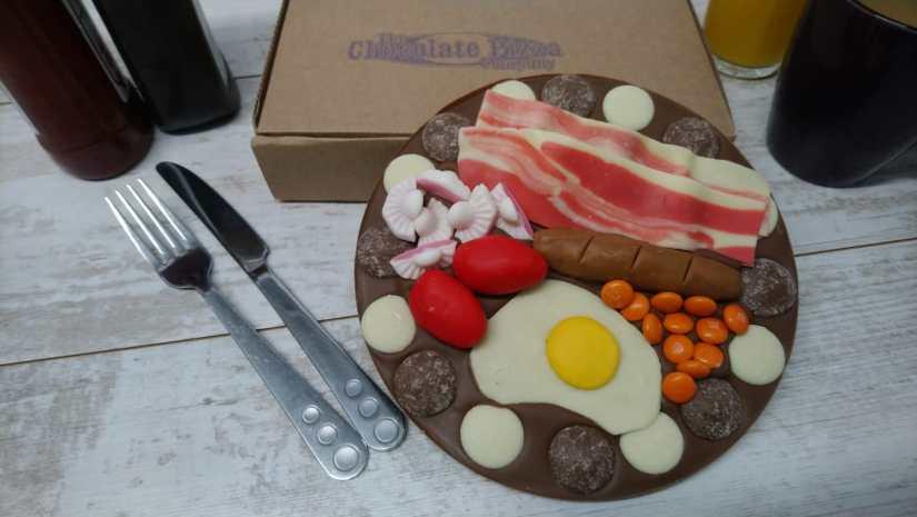 Big Breakfast Chocolate Pizza (2)